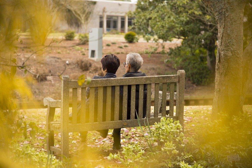 You are currently viewing Vieillir à domicile : comment adapter les logements pour personnes âgées ?